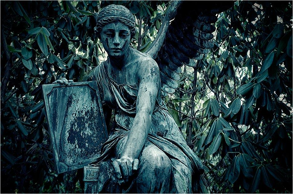 Grabmal Steinike/Brinckman — Friedhof Ohlsdorf — Michael Wassenberg