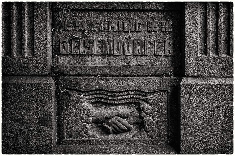 Grabmal Geisendörfer (1908)