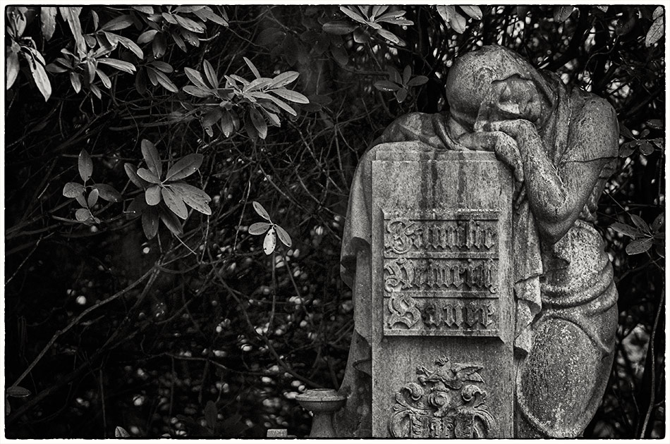Grabmal Bauer (1936) — Friedhof Ohlsdorf