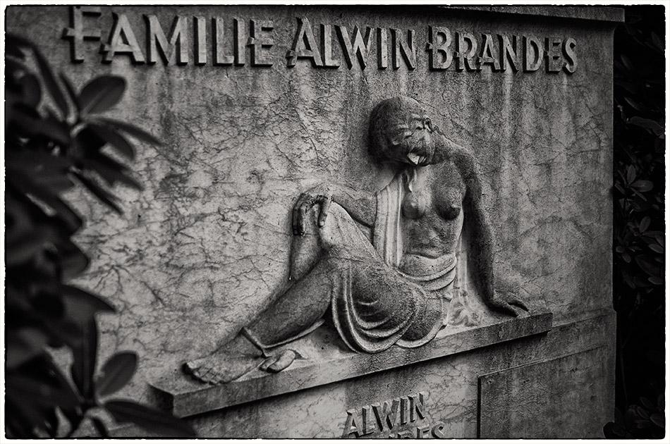 Grabmal Brandes — Friedhof Ohlsdorf — Michael Wassenberg