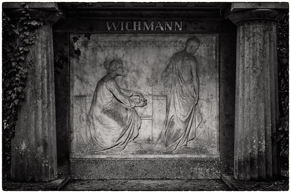 Grabmal Schneiders-Sievers / Wichmann (1902/1909) — Friedhof Ohlsdorf — Michael Wassenberg
