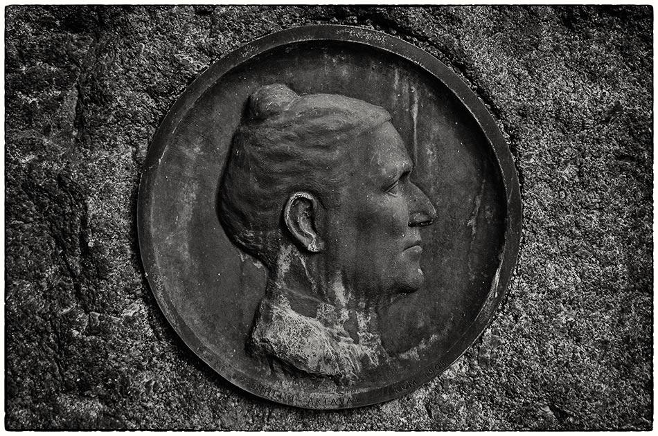 Grabmal Oppenheim — Friedhof Ohlsdorf — Michael Wassenberg