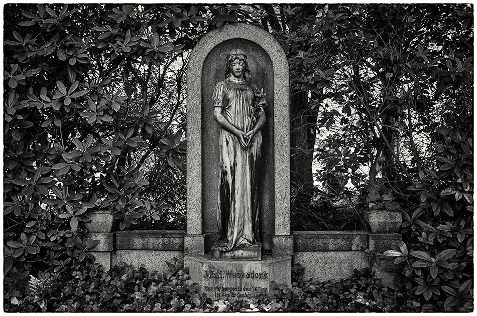 Grabmal Wesendonk (1917) — Friedhof Ohlsdorf — Michael Wassenberg
