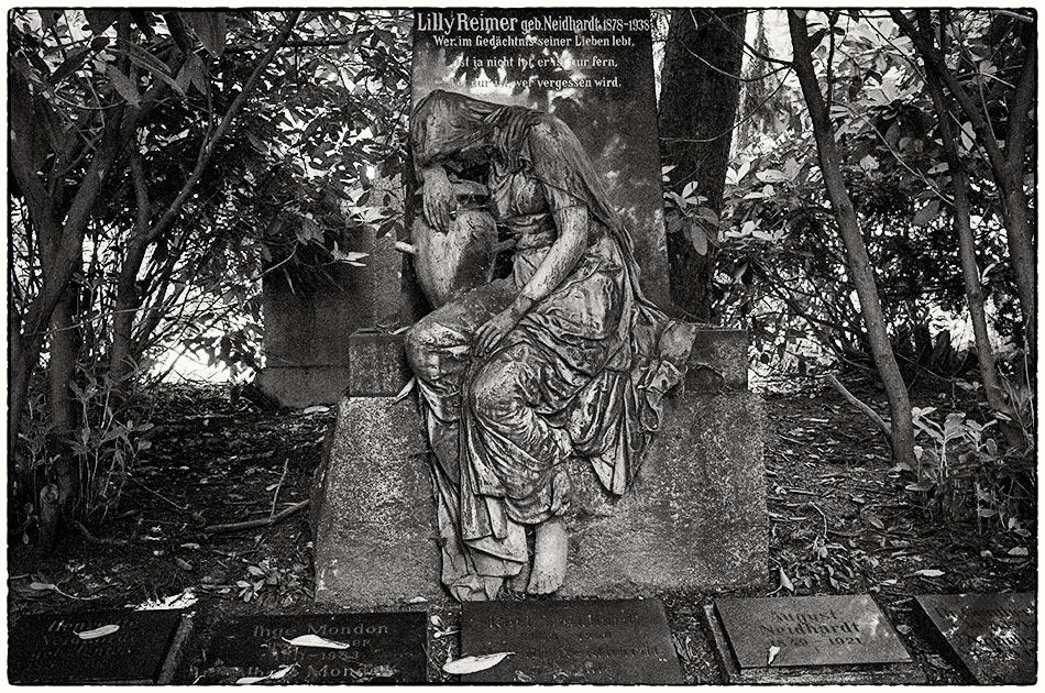 Grabmal Neidhardt (1914) — Friedhof Ohlsdorf — Michael Wassenberg