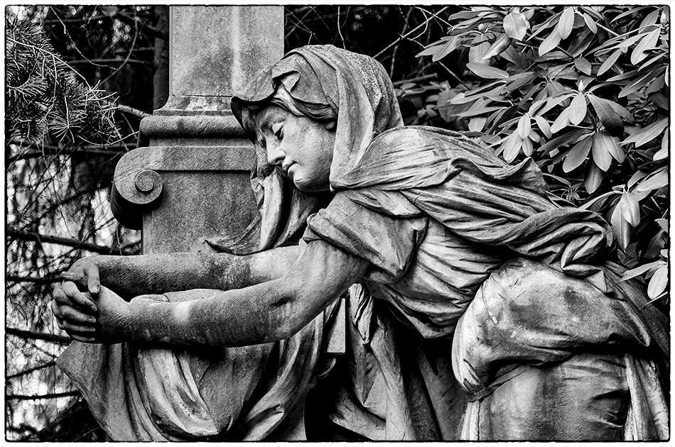 Grabmal Breuer (1899) – Friedhof Ohlsdorf — Gottesacker — Michael Wassenberg