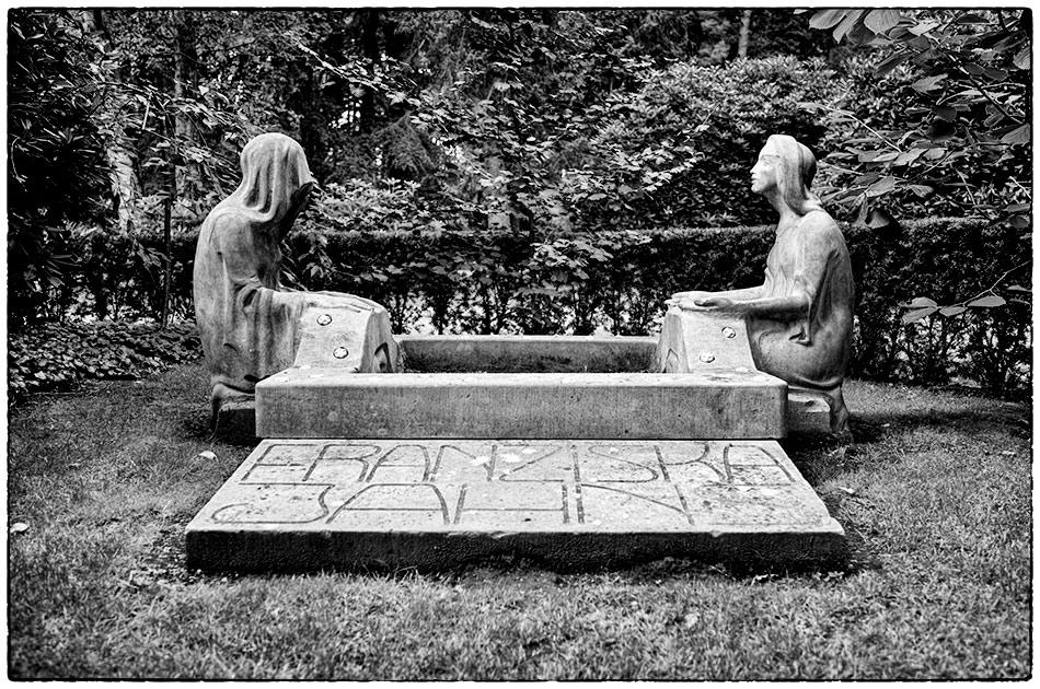 Grabmal Jahns (1908) — Friedhof Ohlsdorf — Gottesacker — Michael Wassenberg
