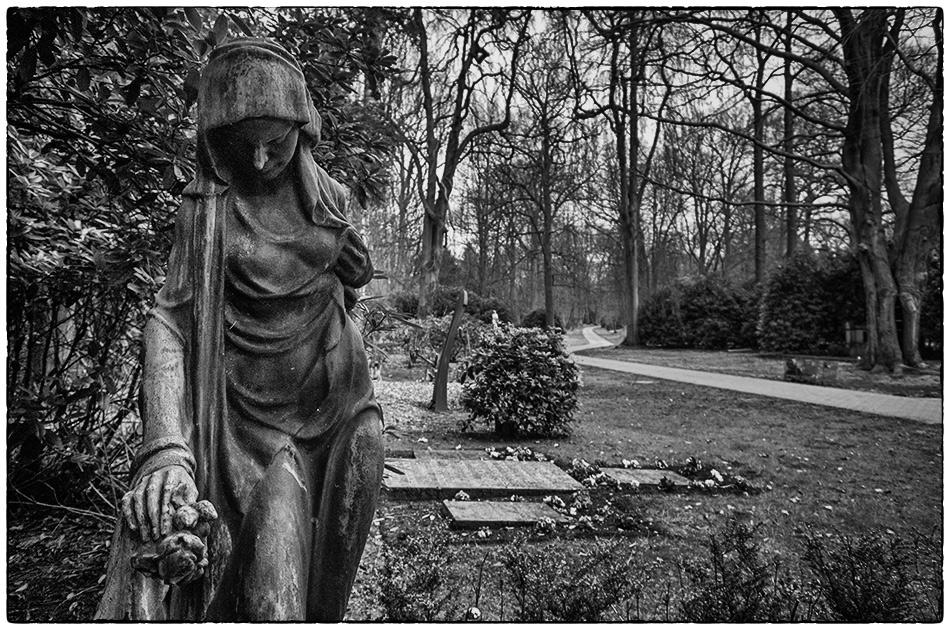 Grabmal Martha Makaretschian – Friedhof Ohlsdorf – Michael Wassenberg