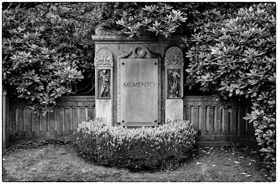 Memento · Friedhof Ohlsdorf