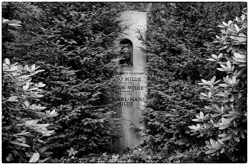 Grabmal Milde · Friedhof Ohlsdorf