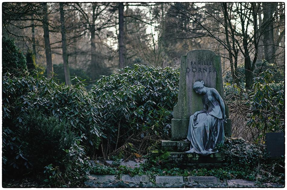 Grabmal Dörner (1904) · Friedhof Ohlsdorf · Michael Wassenberg · 2016-12-29