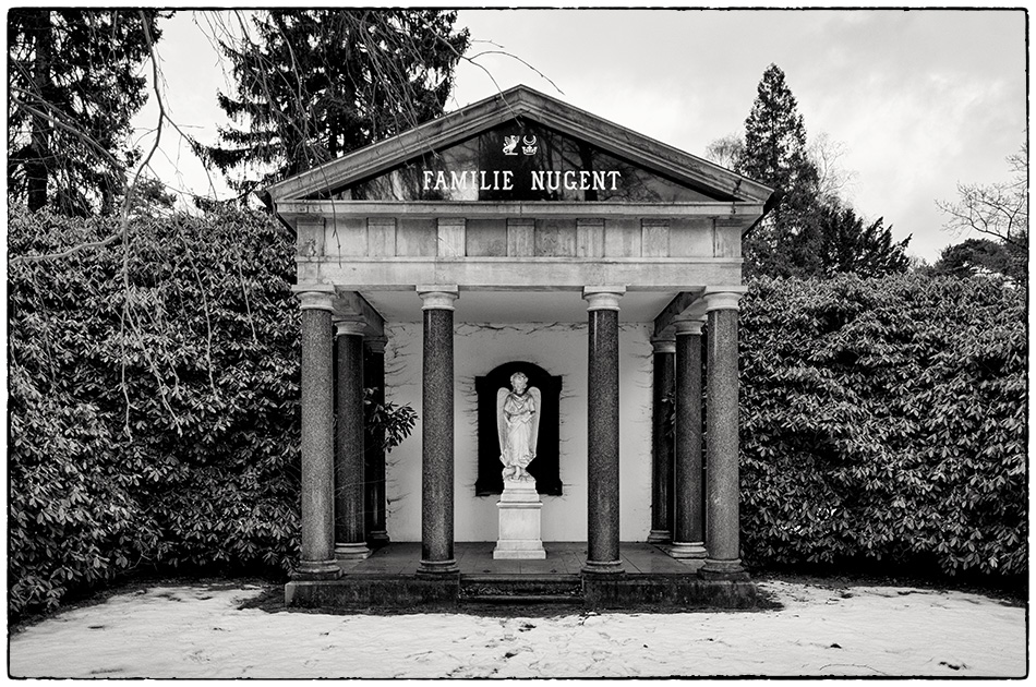 Mausoleum Nugent (1890) · Friedhof Ohlsdorf · Michael Wassenberg · 2017-01-15