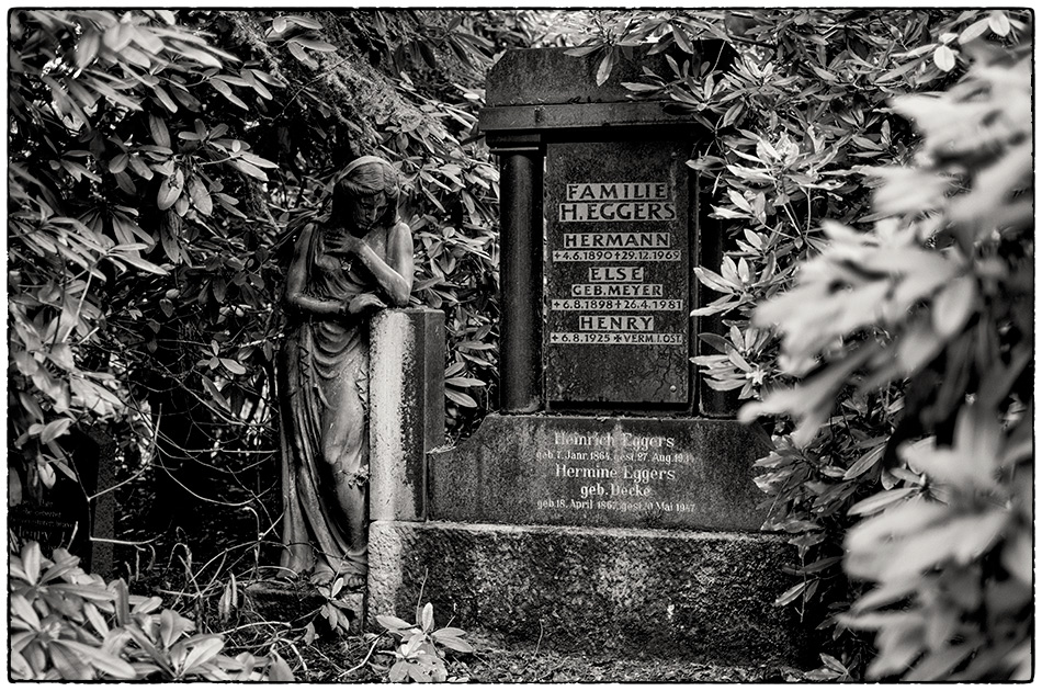 Grabmal Eggers (1916) · Friedhof Ohlsdorf · Michael Wassenberg · 2017-12-10