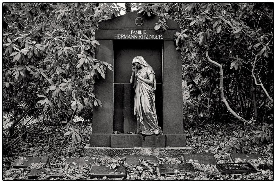 Grabmal Ritzinger · Friedhof Ohlsdorf · Michael Wassenberg · 2017-12-10