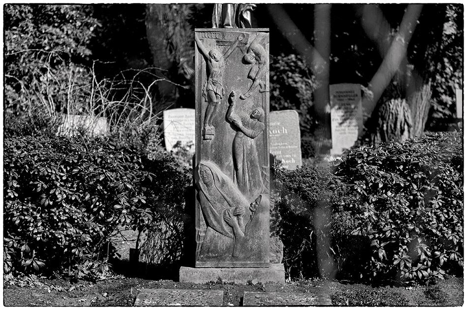 Grabmal Wield (1938) · Friedhof Ohlsdorf · Michael Wassenberg · 2018-04-08
