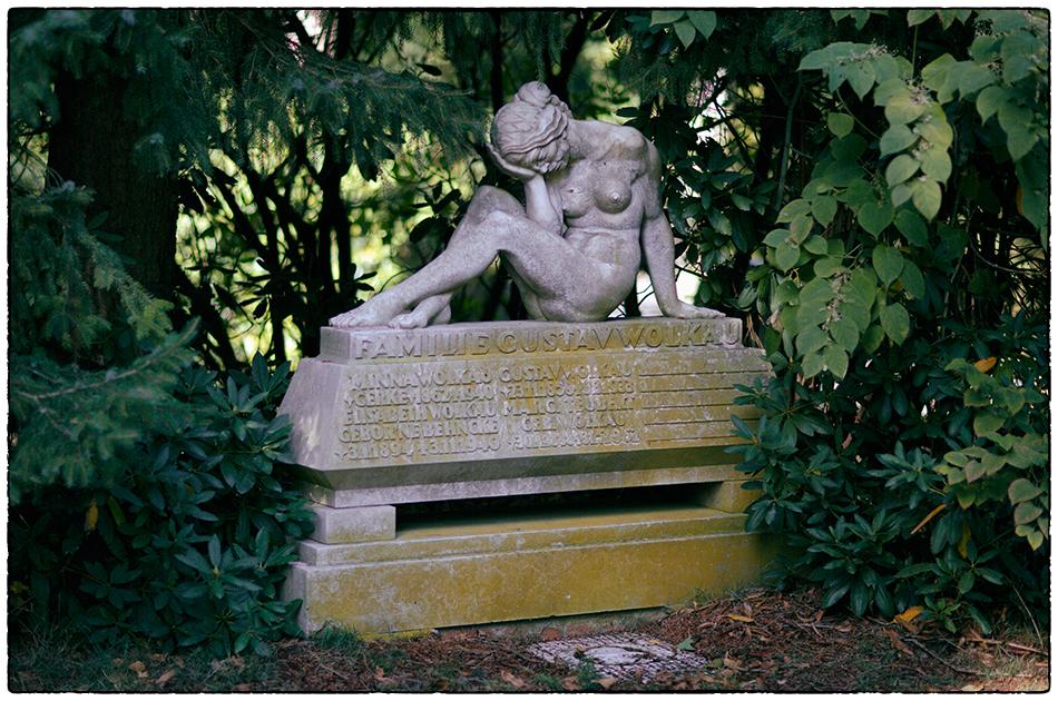 Grabmal Wolkau/Teubert (1933) · Friedhof Ohlsdorf · Michael Wassenberg · 2018-10-03