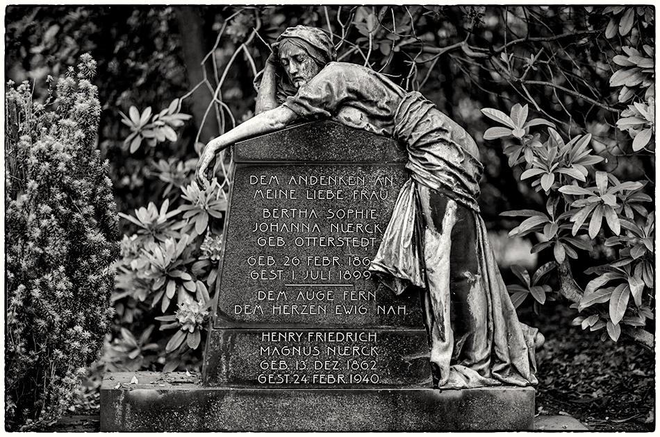 Grabmal Nuerck (1899) · Friedhof Ohlsdorf · Michael Wassenberg · 31.05.2019