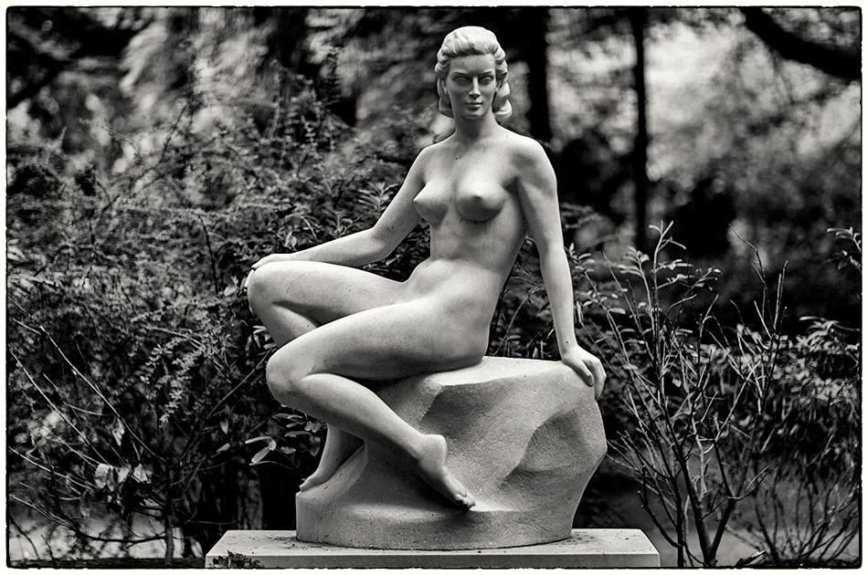 Grabmal Meyer-Schuchardt (1955) · Friedhof Ohlsdorf · Michael Wassenberg · 31.05.2019