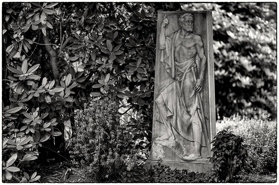 Grabmal Kemme (1929) - Friedhof Ohlsdorf - 15.07.2019